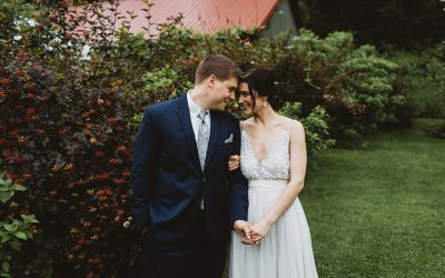 LUSH, NATURE-INSPIRED WEDDING DAY AT CAMROSE HILL FLOWER FARM